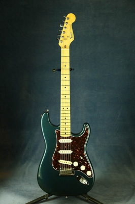 Электрогитара FENDER Am Std Strat (E-serial) USA 1983